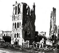 Ieper, 22 november 1914, Lakenhal